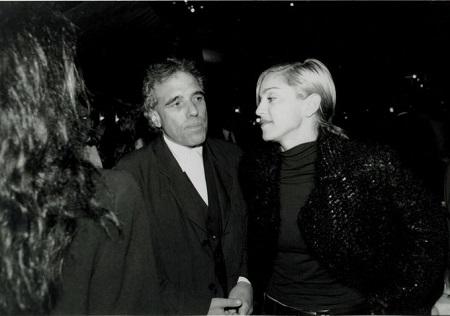 第5回ゴッサム賞でキャリア・トリビュート賞を受賞したアベル・フェラーラとプレゼンターのマドンナ