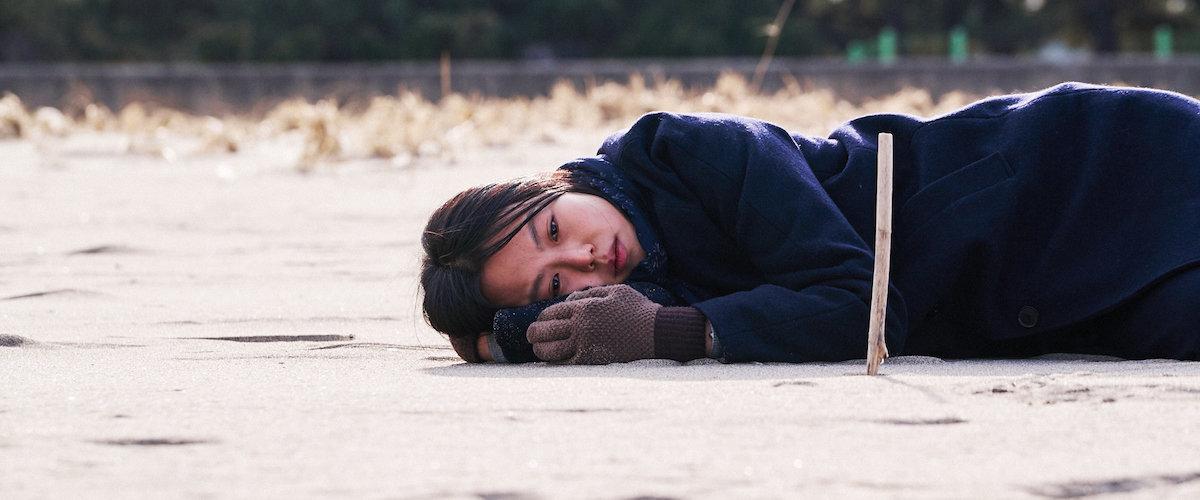 ホン サンス キム ミニ 夜の浜辺でひとり レビュー indietokyo